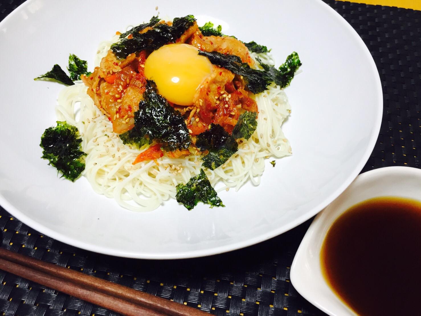 豚キムチのせぶっかけ素麺
